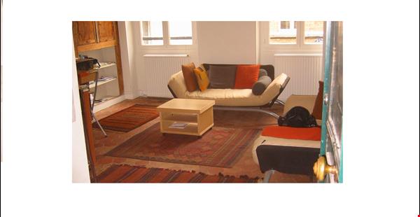 Marais, 2 bedroom available starting  June 1, 2021 Home Rental in Paris 0 - thumbnail