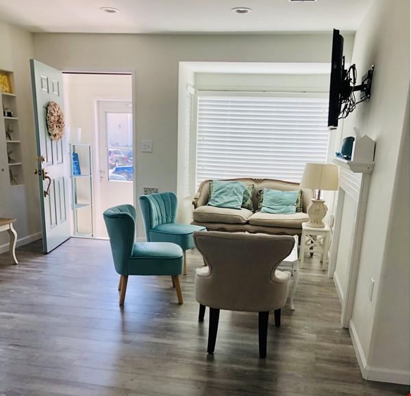 Pacific Beach House, 2 blocks to beach, walk to shops, restaurants Home Rental in San Diego 9 - thumbnail