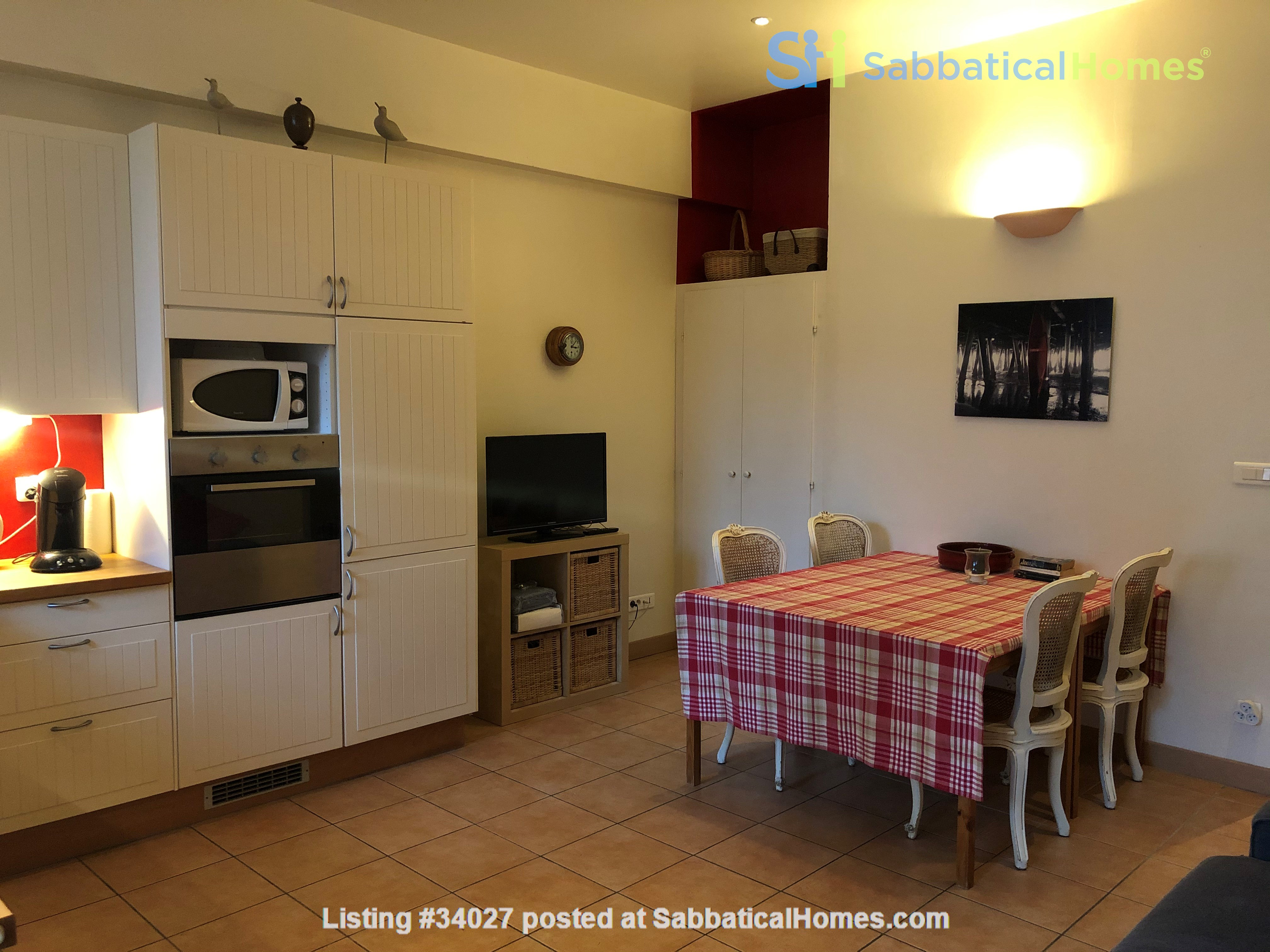 Fisherman's house, 30 minutes from  Montpellier University Home Rental in Mèze, Occitanie, France 4