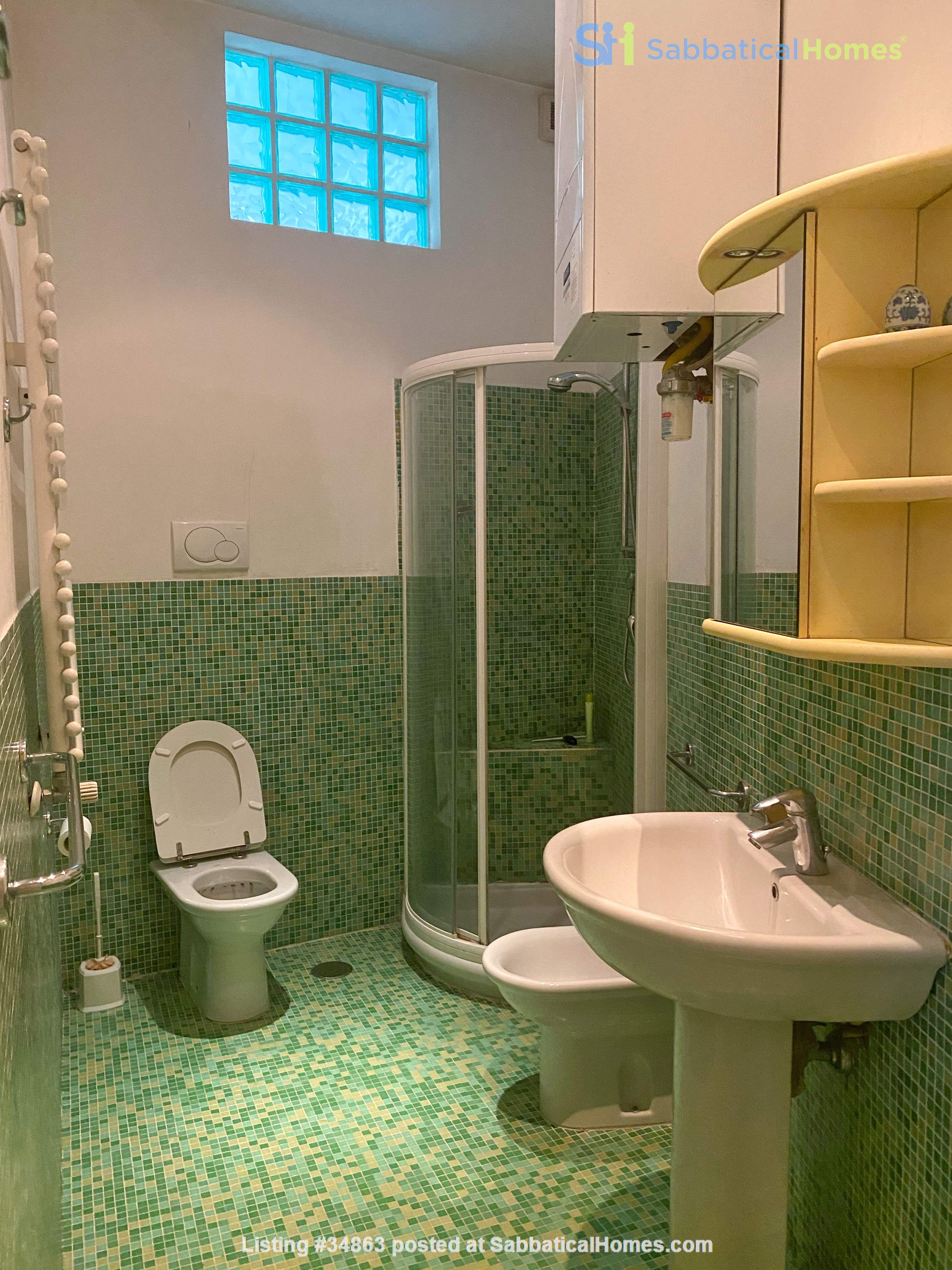 2 BR, 2 BA, spacious and comfortable apartment in Rome, Trastevere Home Rental in Rome 9