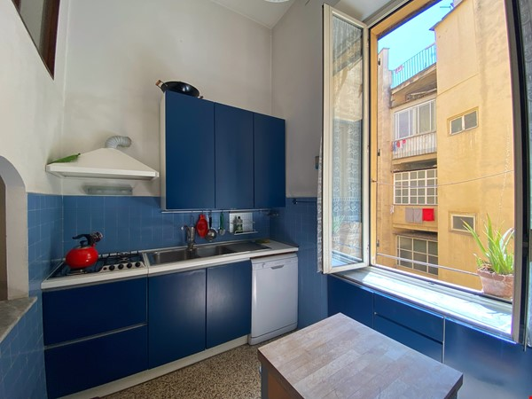 2 BR, 2 BA, spacious and comfortable apartment in Rome, Trastevere Home Rental in Rome 2 - thumbnail