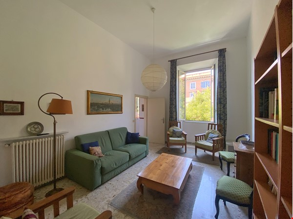 2 BR, 2 BA, spacious and comfortable apartment in Rome, Trastevere Home Rental in Rome 0 - thumbnail