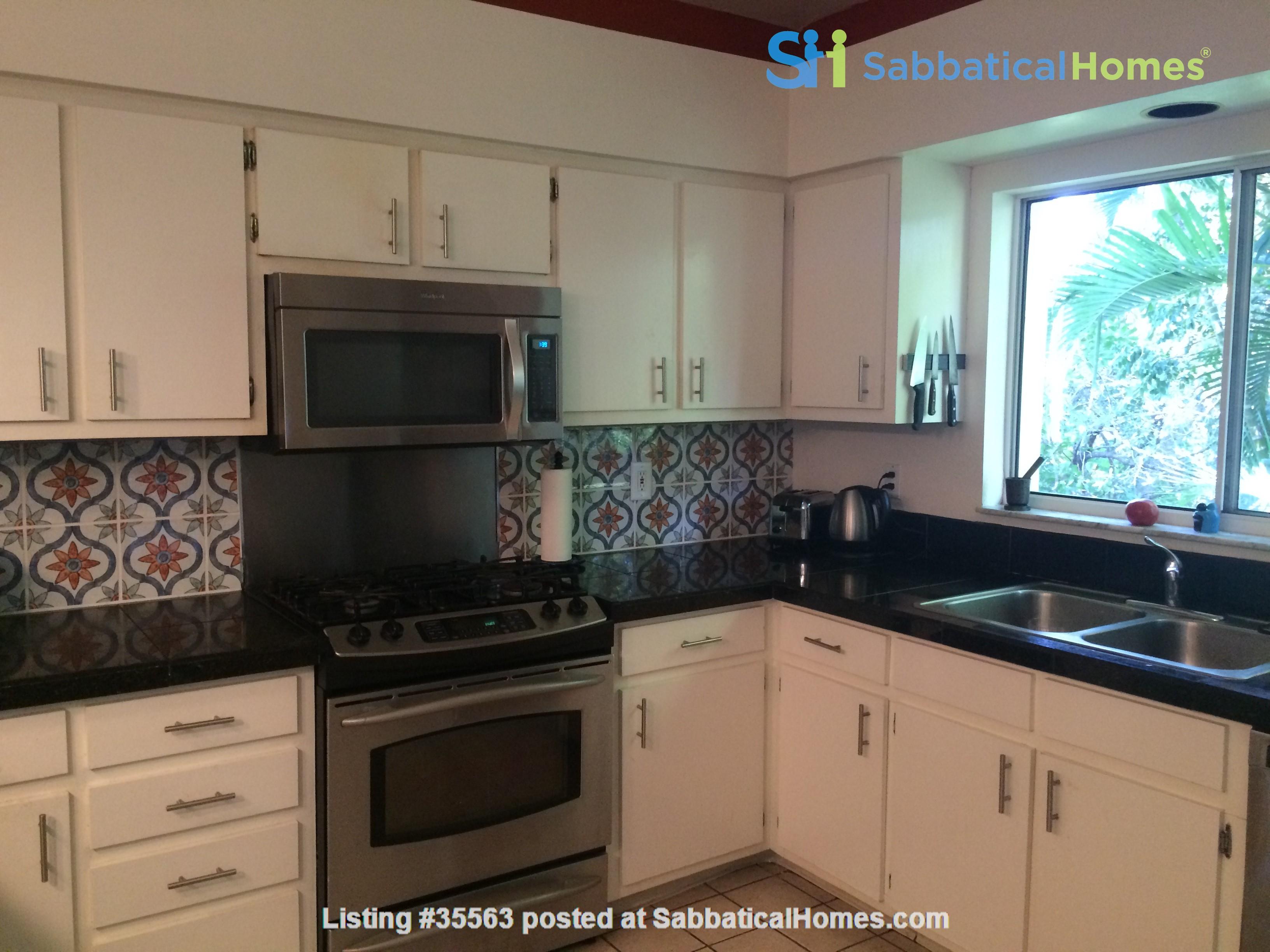Sanibel Island Beach Cottage Home Exchange in Sanibel, Florida, United States 2