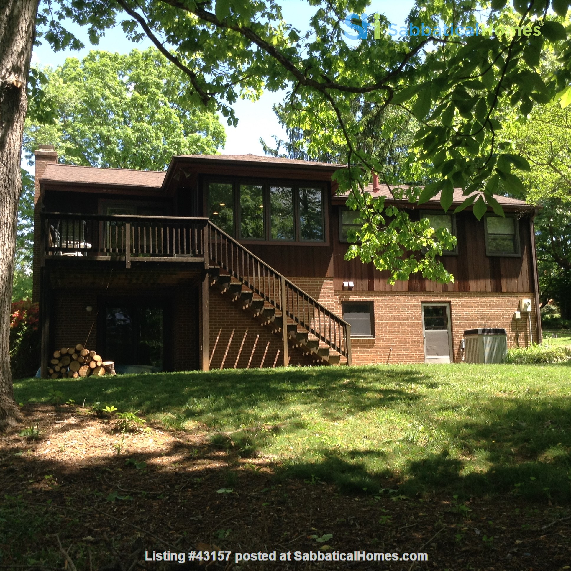 Comfortable, Easy-Care Home near UVA Home Rental in Charlottesville, Virginia, United States 6