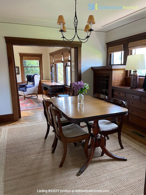 Gorgeous Furnished Craftsman Bungalow in Prime Location - Available 6/14/21 Home Rental in Berkeley, California, United States 3