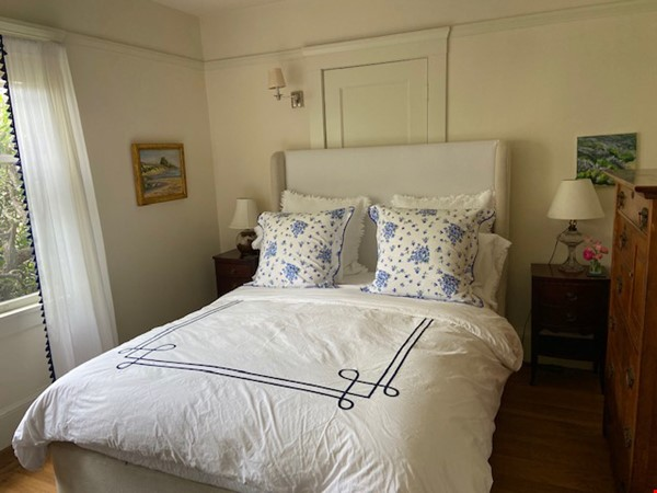 Gorgeous Furnished Craftsman Bungalow in Prime Location - Available 6/14/21 Home Rental in Berkeley 7 - thumbnail