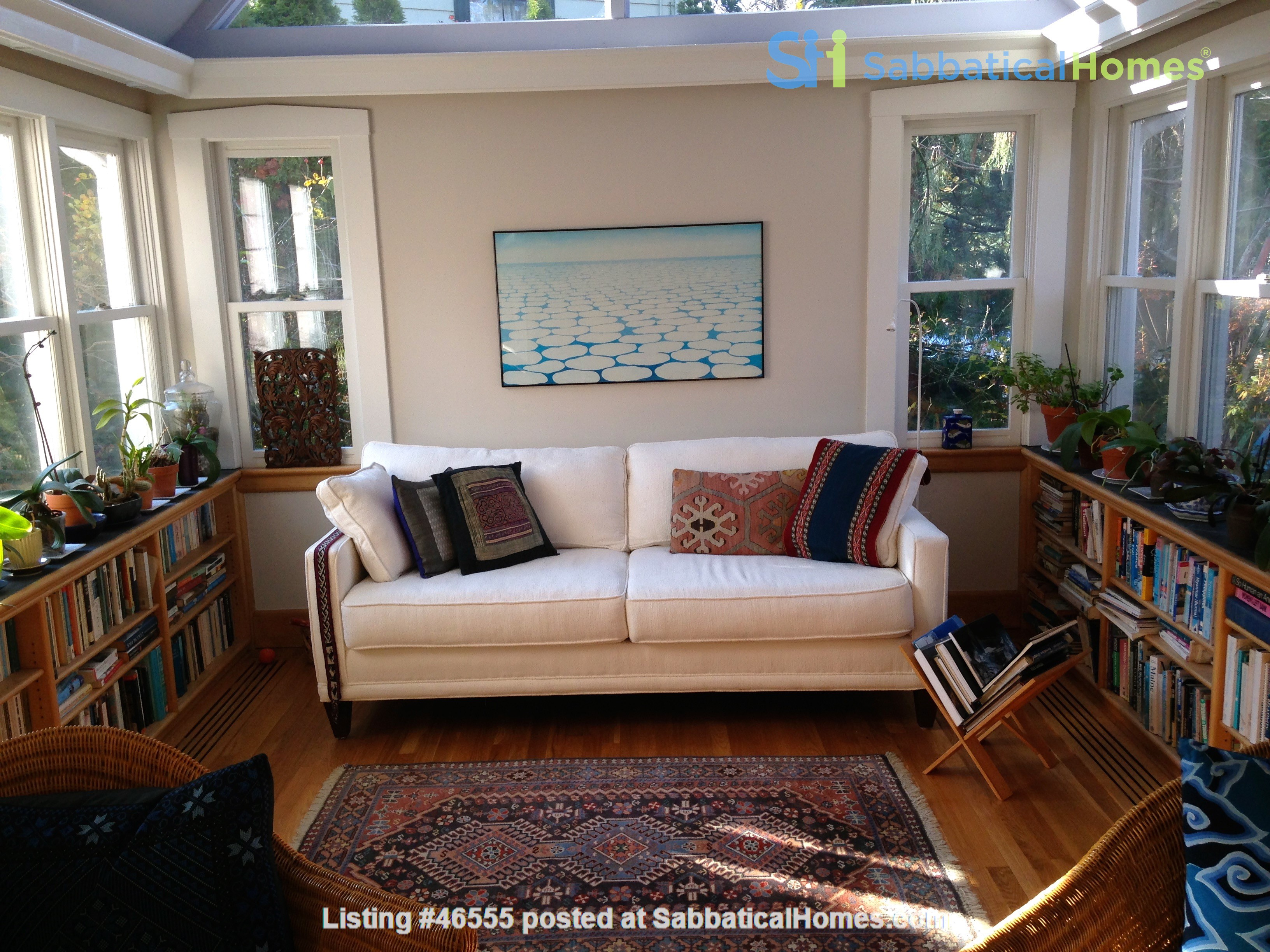 3BR furnished home in Newton on quiet street, next to park - walk to lake Home Rental in Newton, Massachusetts, United States 5