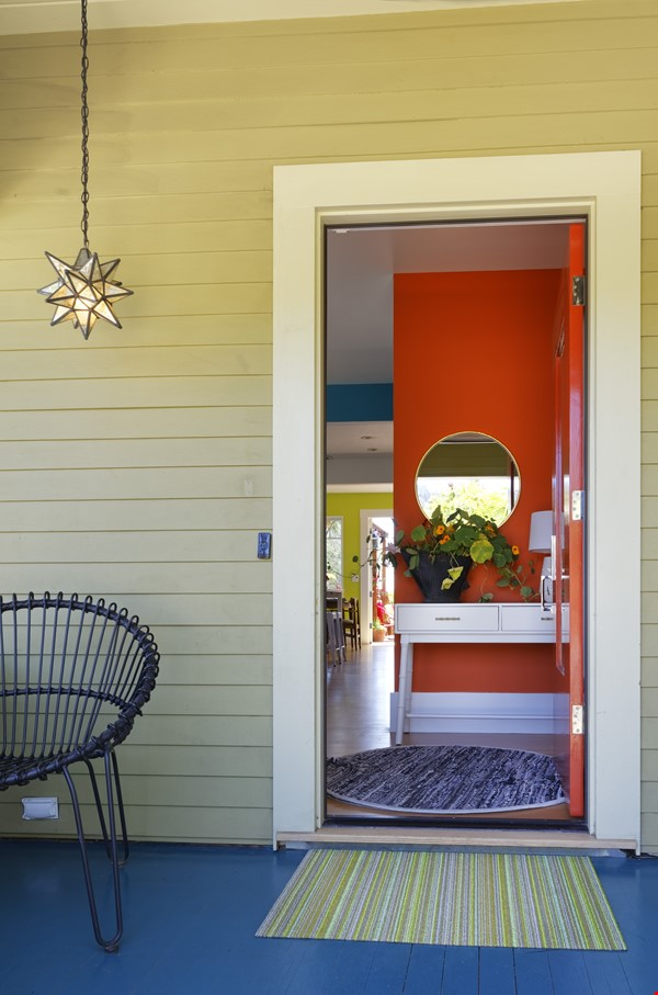 TROPICAL MODERN BUNGALOW- Oakland house near shops and hiking trails Home Rental in Oakland 2 - thumbnail