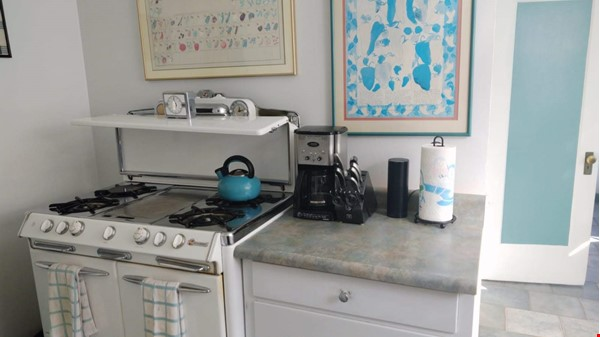 Well-located family home near parks, Gourmet Ghetto, UC Berkeley Home Rental in Berkeley 6 - thumbnail
