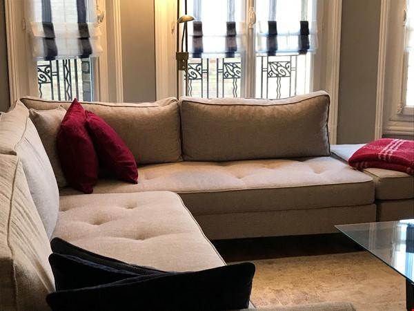 Sabbatical? Live like a native, not a tourist Home Rental in Paris 1 - thumbnail