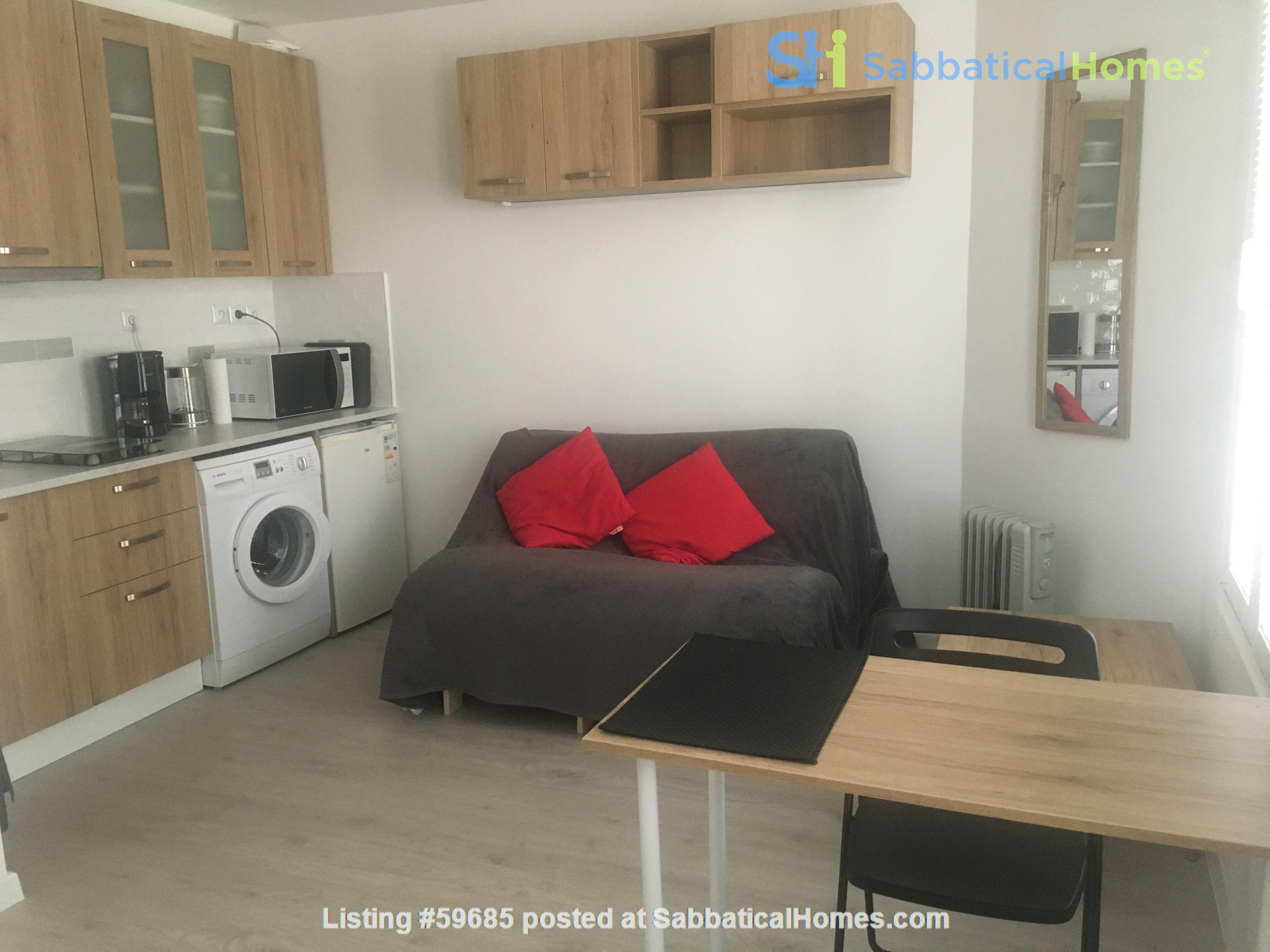 Studio: appartement in trendy Rue Oberkampf quarter Home Rental in Paris, Île-de-France, France 1