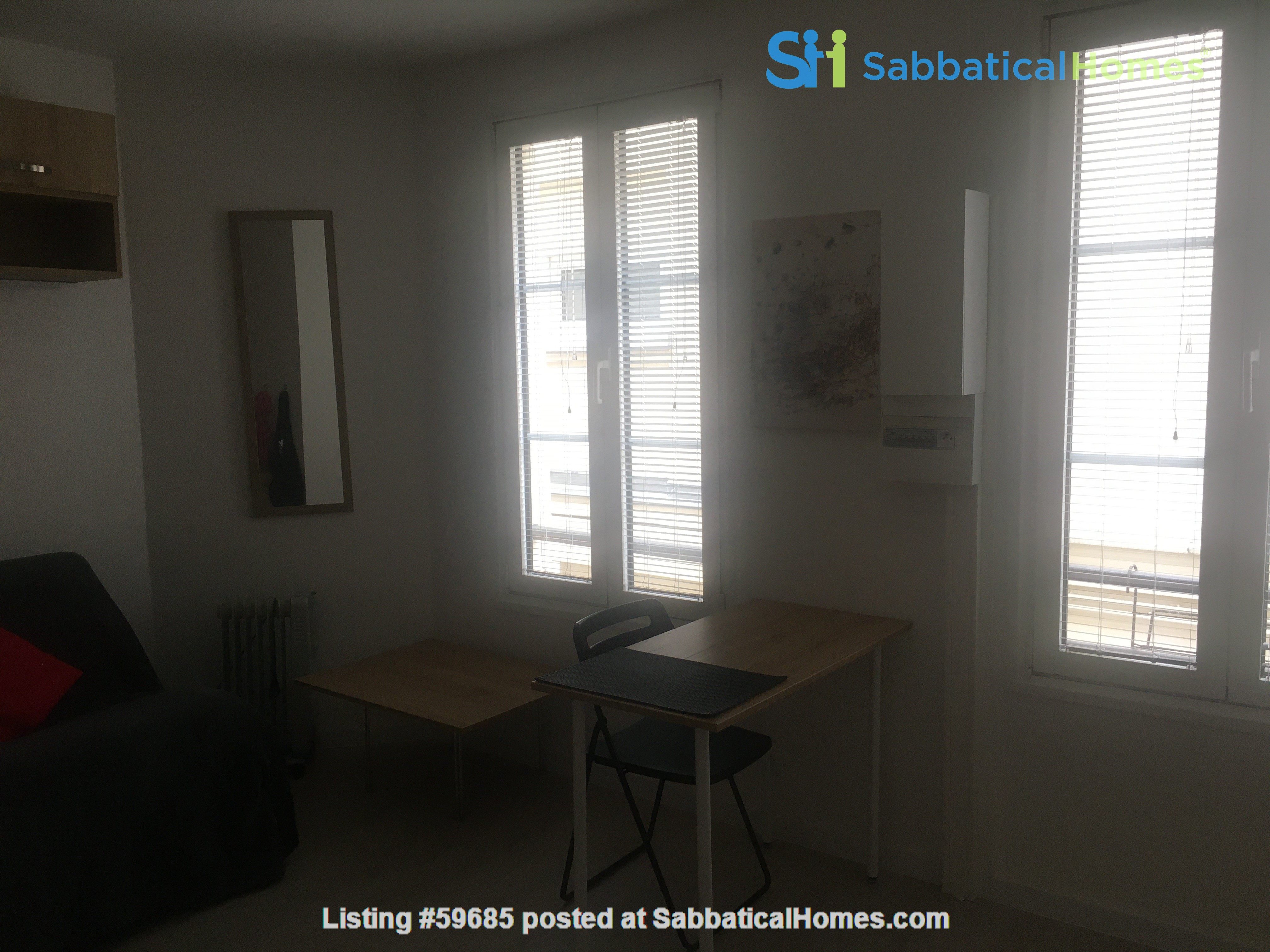 Studio: appartement in trendy Rue Oberkampf quarter Home Rental in Paris, Île-de-France, France 7