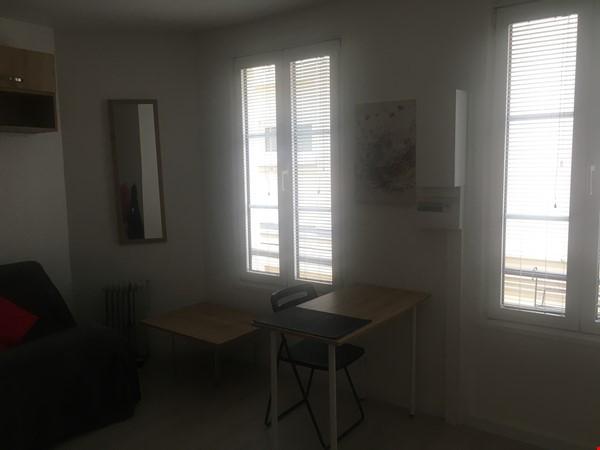 Studio: appartement in trendy Rue Oberkampf quarter Home Rental in Paris 7 - thumbnail