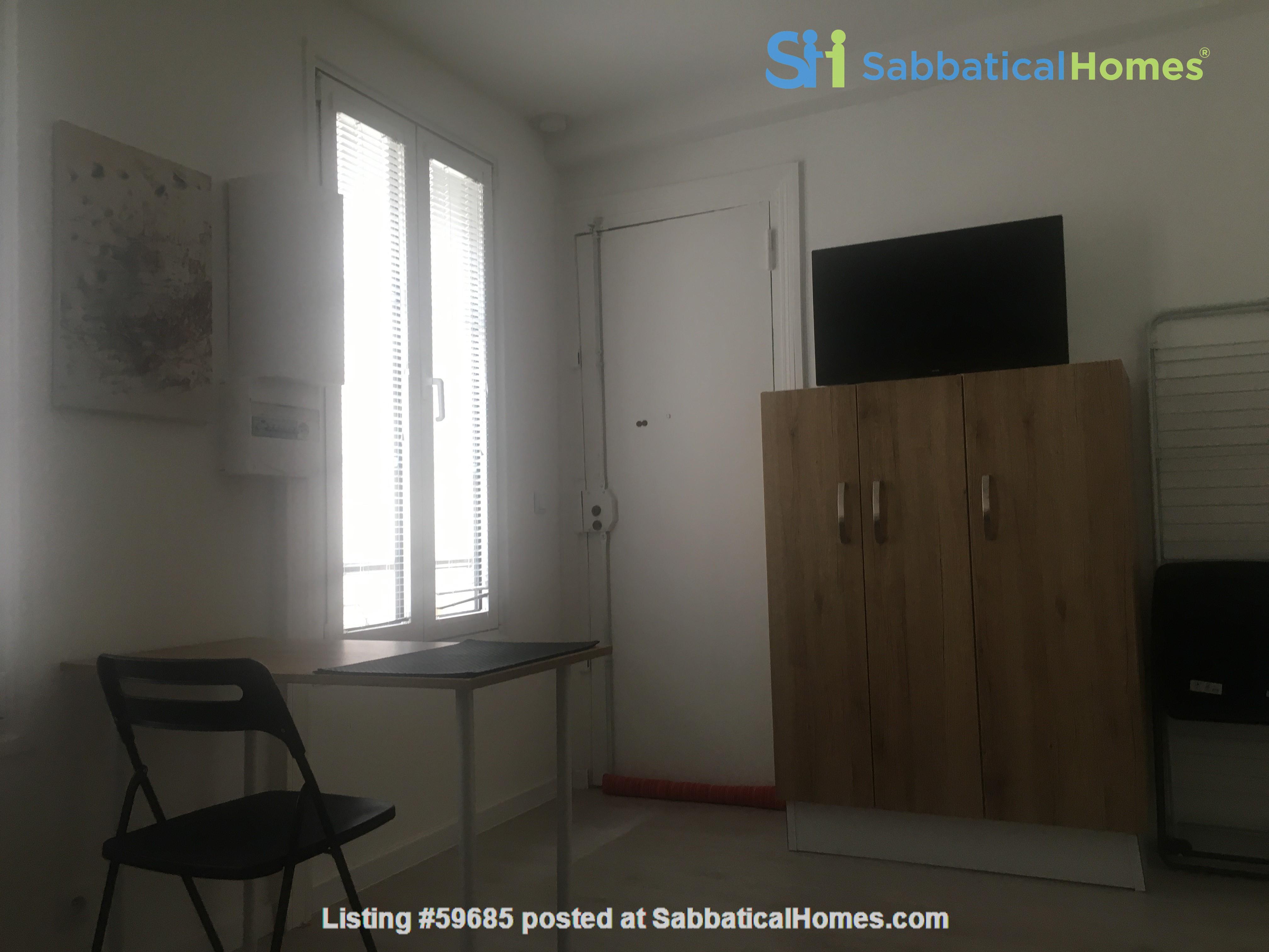 Studio: appartement in trendy Rue Oberkampf quarter Home Rental in Paris, Île-de-France, France 6