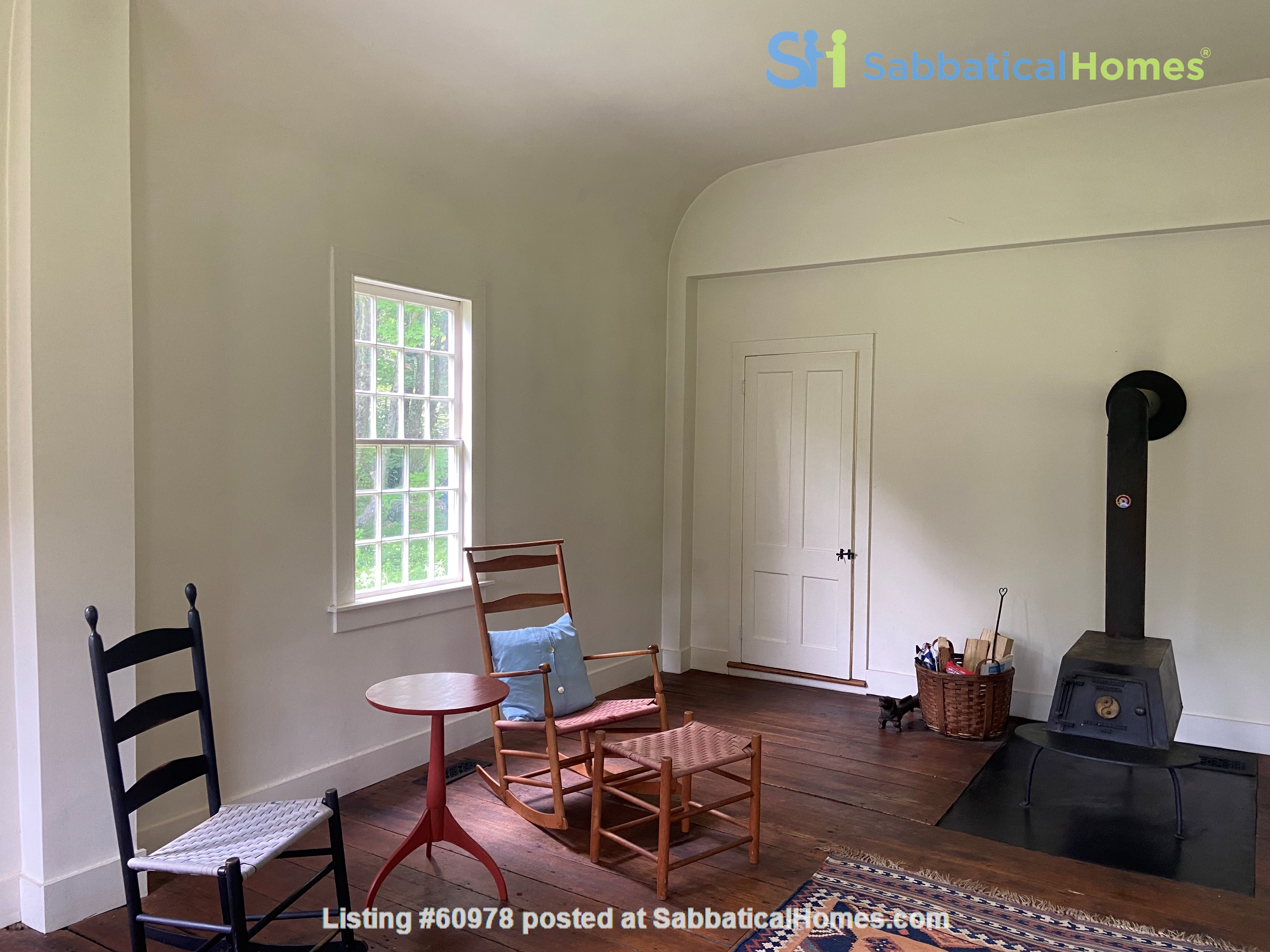 Writer's Retreat -- Idyllic Rural Cabin Home Rental in Cornwall, Connecticut, United States 3