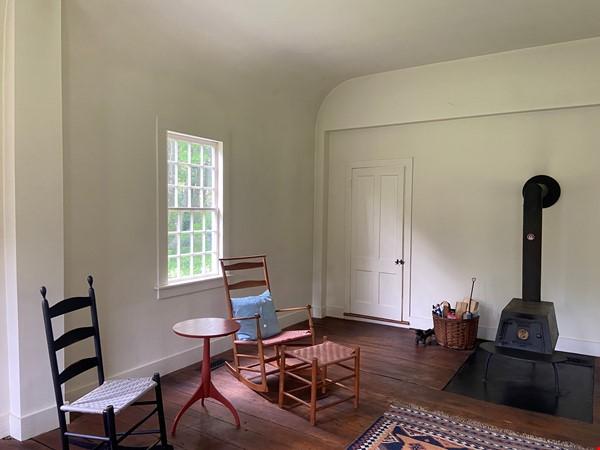 Writer's Retreat -- Idyllic Rural Cabin Home Rental in Cornwall 3 - thumbnail