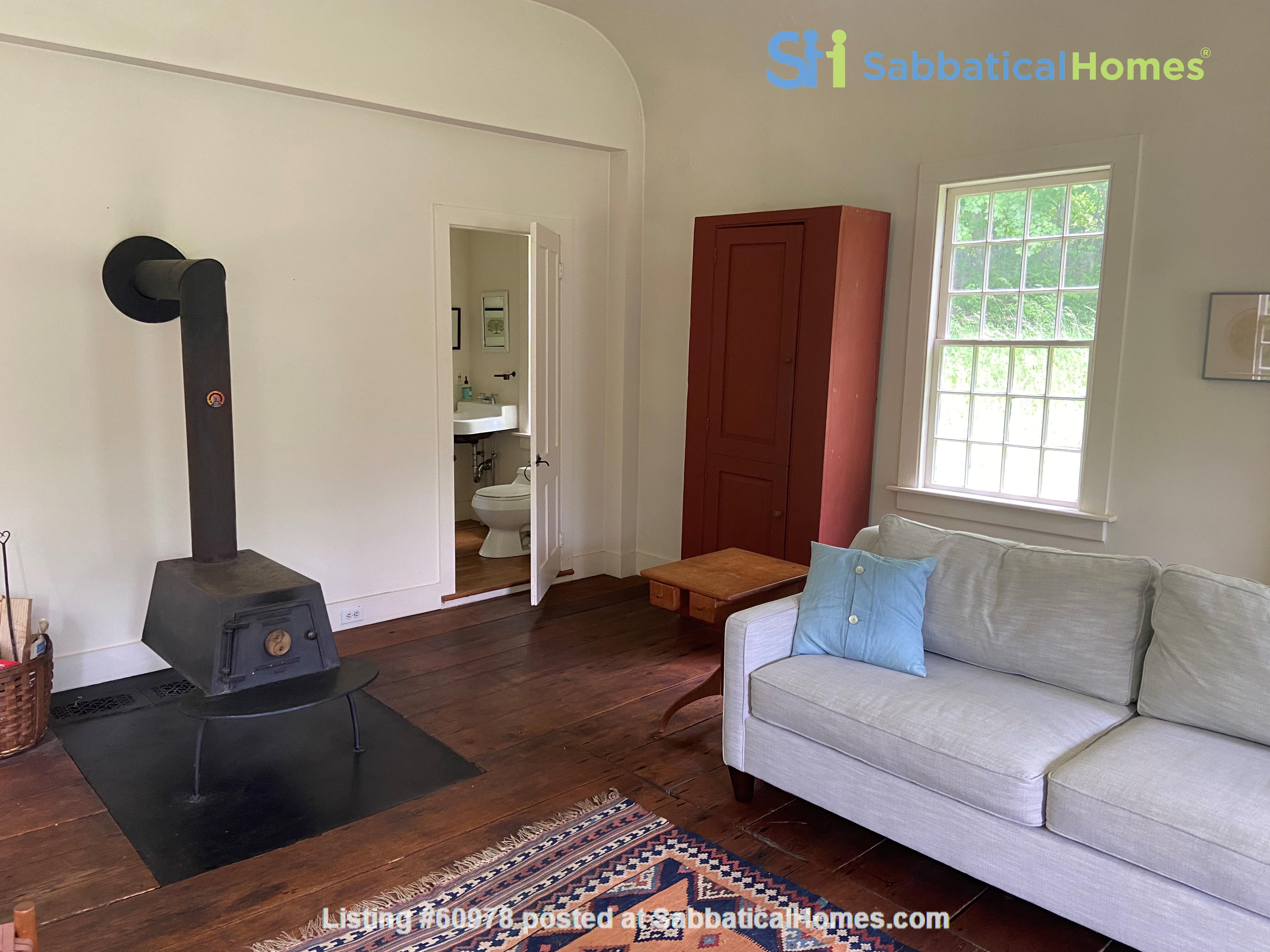 Writer's Retreat -- Idyllic Rural Cabin Home Rental in Cornwall, Connecticut, United States 4