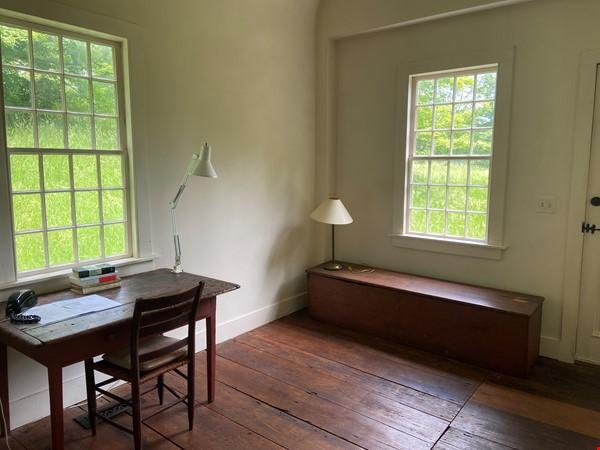 Writer's Retreat -- Idyllic Rural Cabin Home Rental in Cornwall 2 - thumbnail