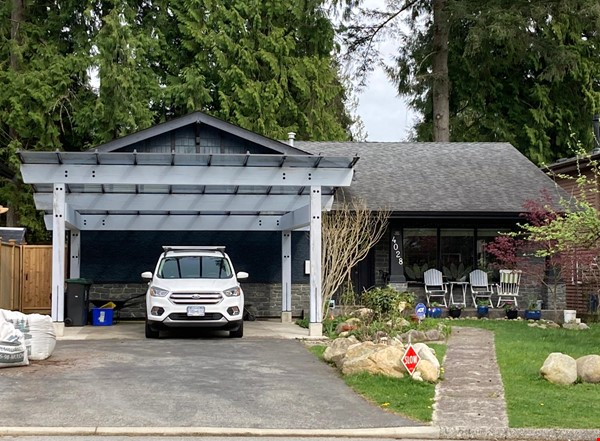 Charming Character Home in Lynn Valley, North Vancouver Home Rental in North Vancouver 1 - thumbnail