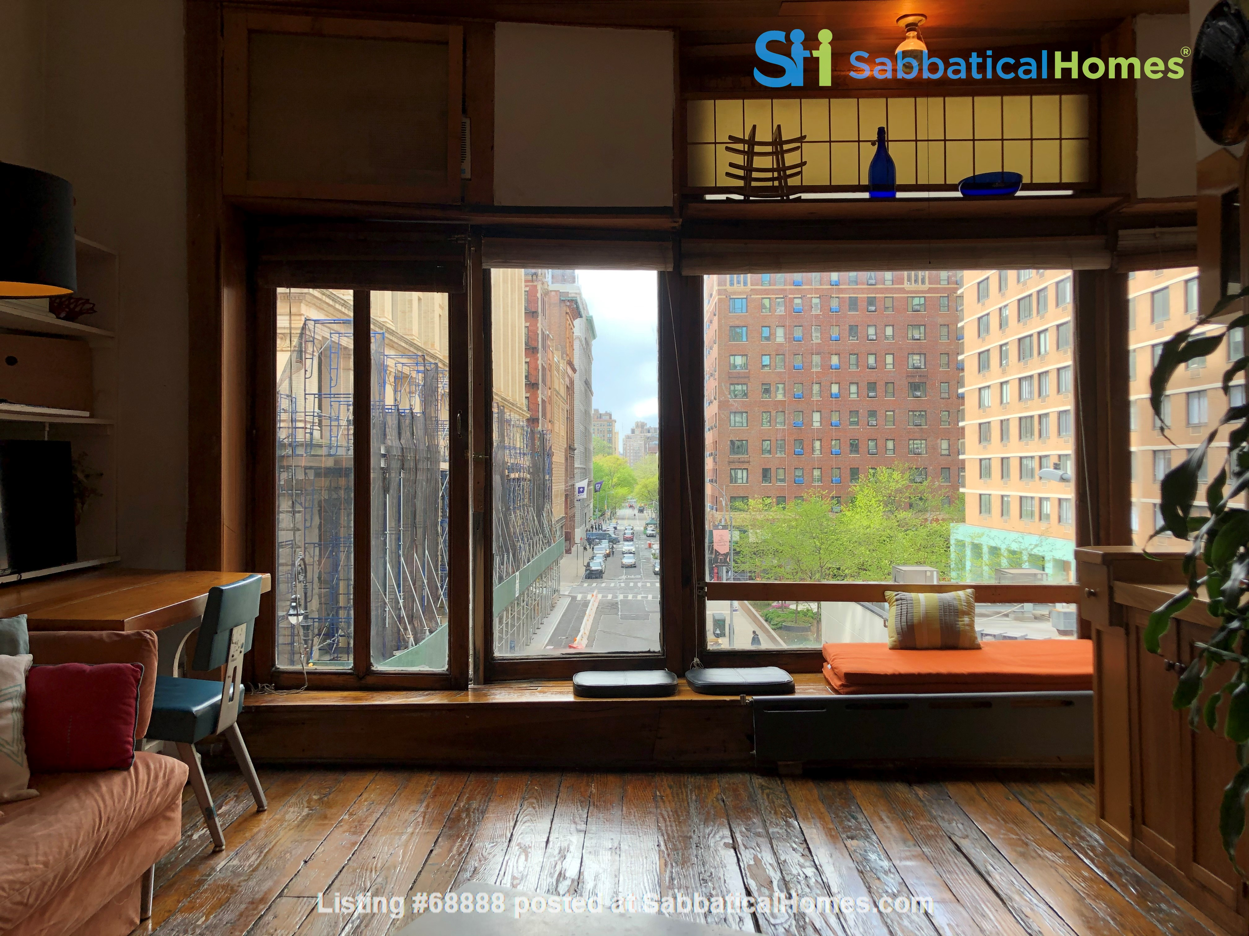 Classic Manhattan Loft w/ view and large outdoor terrace Home Rental in New York, New York, United States 1