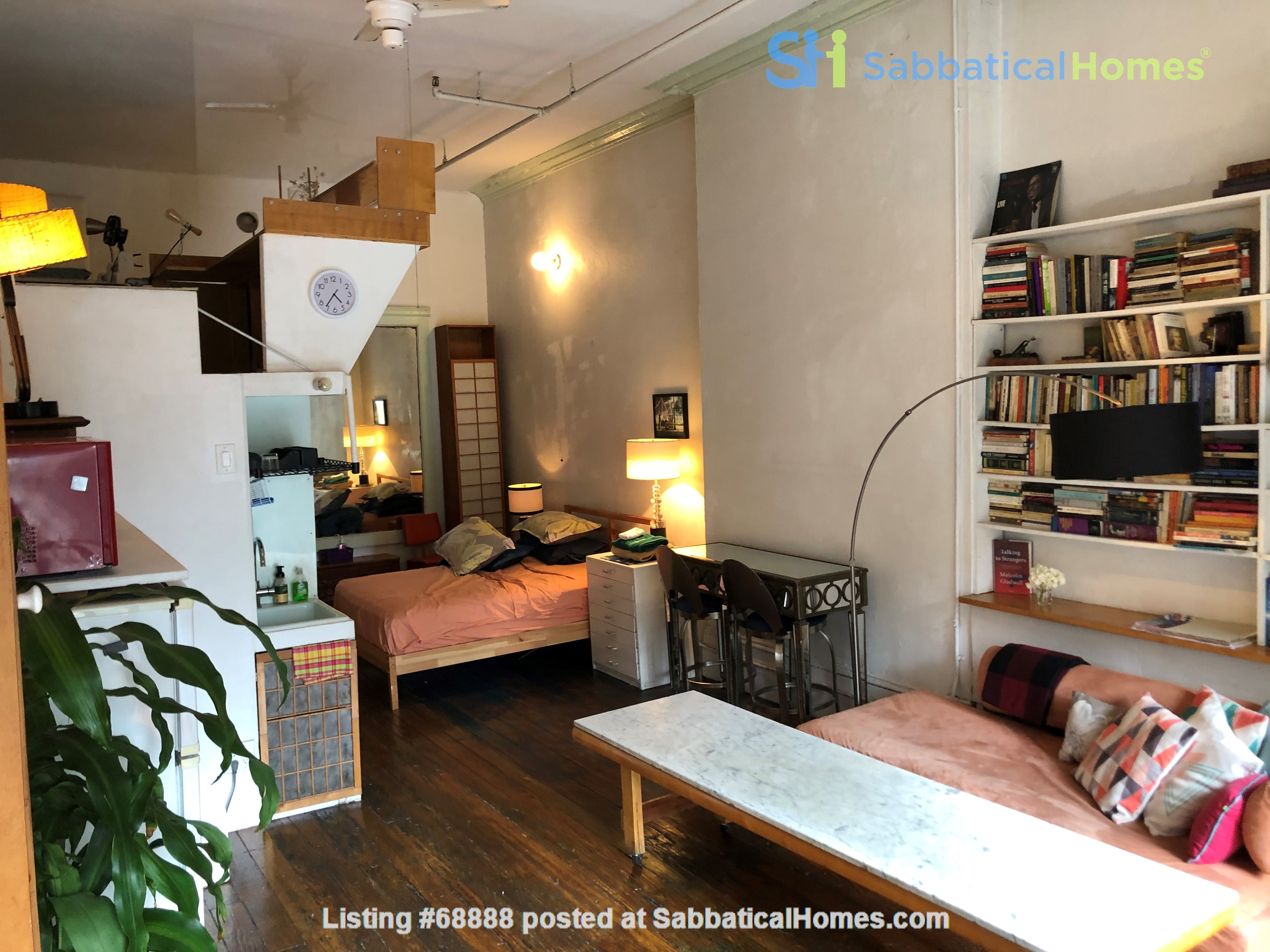 Classic Manhattan Loft w/ view and large outdoor terrace Home Rental in New York, New York, United States 5
