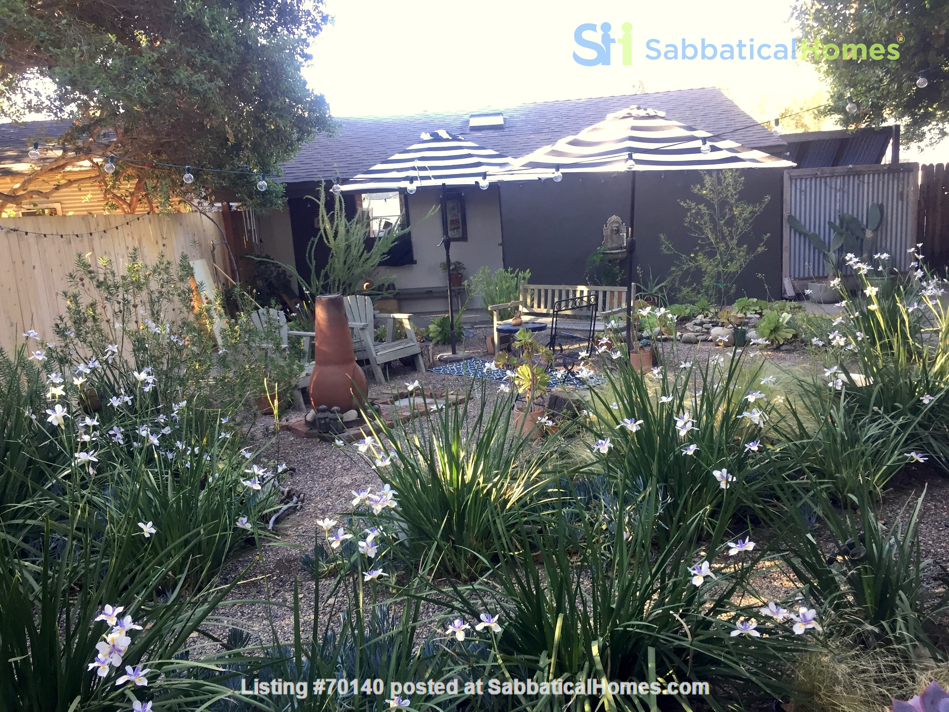 1920's California Bungalow, Pvt. 1 bdrm, bath, kitchenette, and entrance Home Rental in South Pasadena, California, United States 6