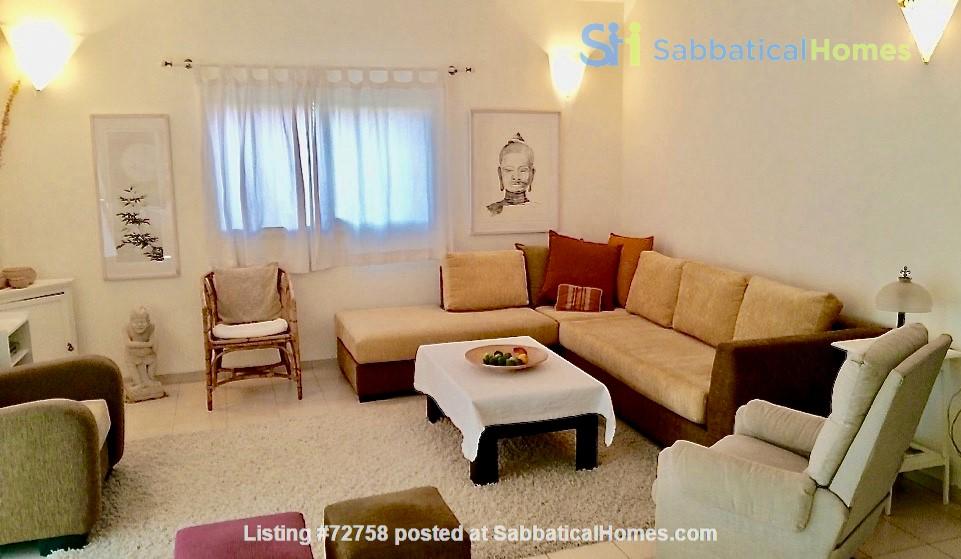 BEAUTIFUL DETACHED 3 Bed VILLA WITH GARDEN short/long let-  ZICHRON YA'AKOV Home Rental in Zikhron Ya'akov 4