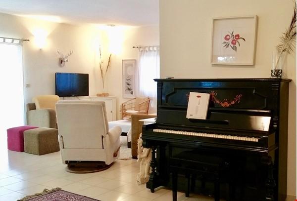 BEAUTIFUL DETACHED 3 Bed VILLA WITH GARDEN short/long let-  ZICHRON YA'AKOV Home Rental in Zikhron Ya'akov 5 - thumbnail
