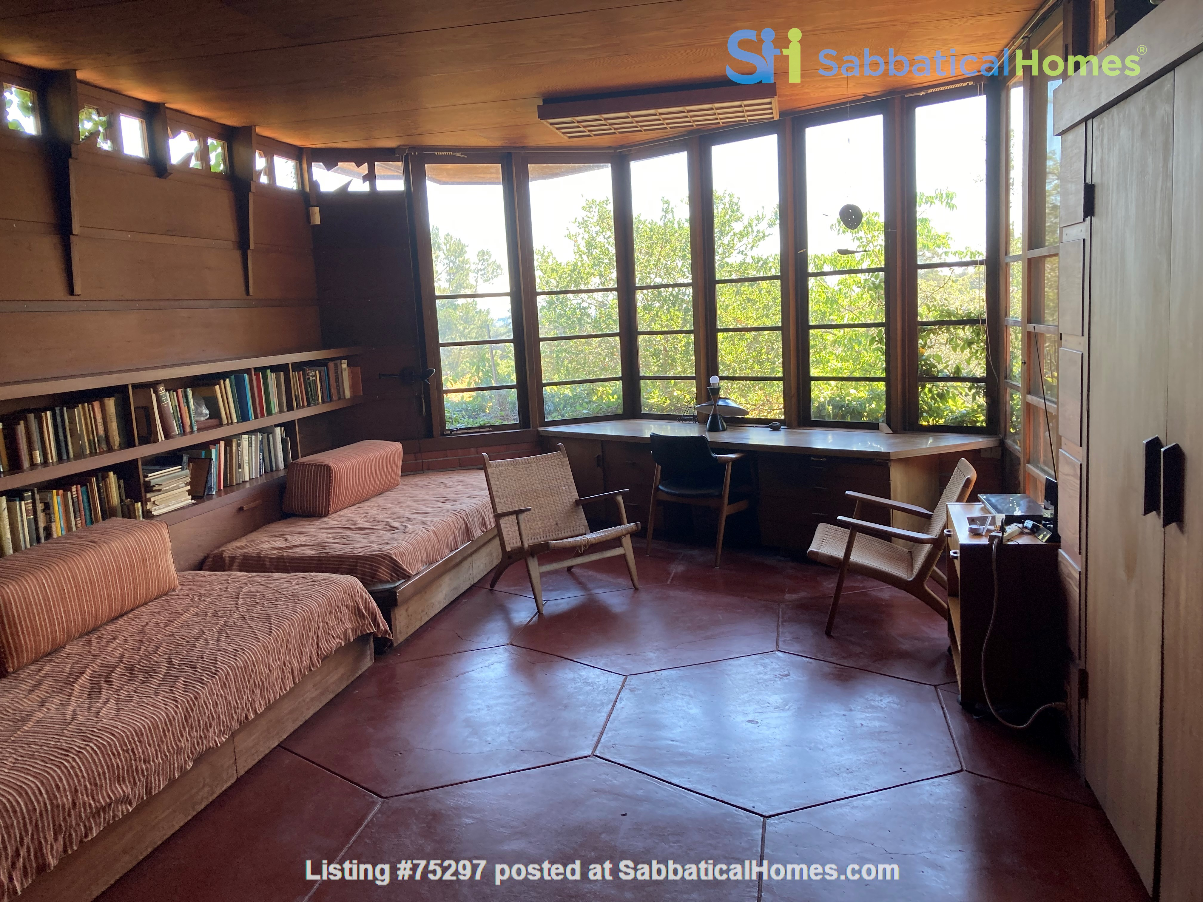 Frank Lloyd Wright house near Stanford, Silicon Valley, SF, and Berkeley Home Rental in Hillsborough 0