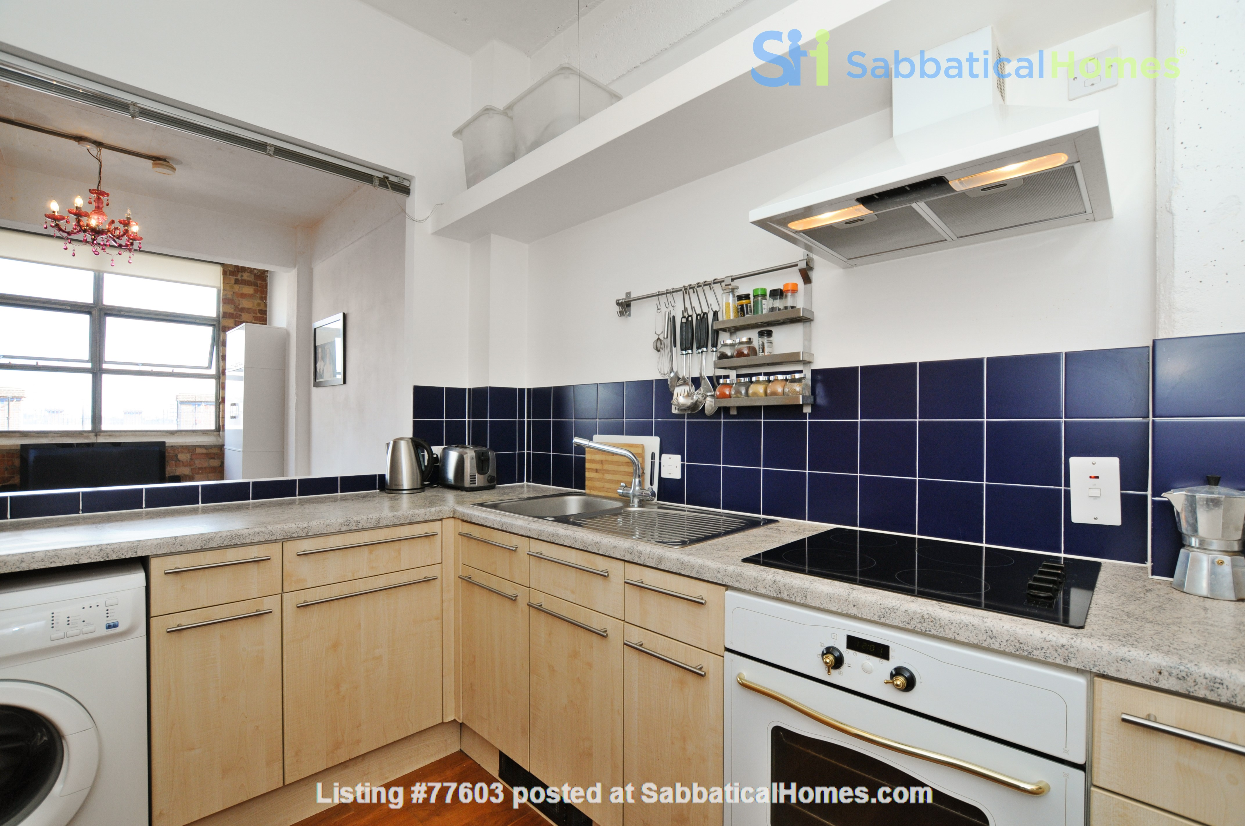 London Zone 1. Quiet & Secure. Concierge. All utilities included. Home Rental in Greater London, England, United Kingdom 5