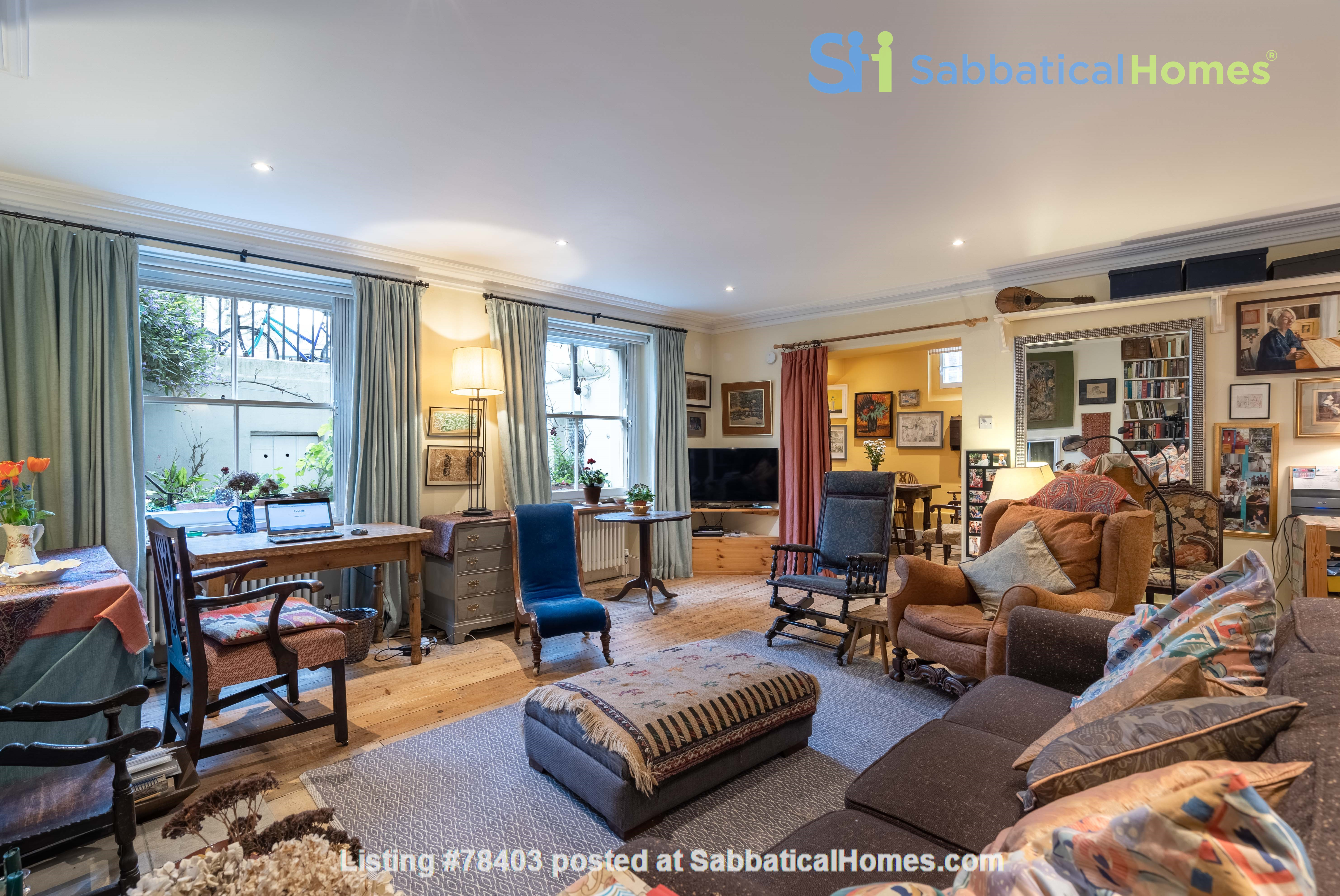 Notting Hill  Garden Flat- Antiques, Books , Textiles & Characterful Home Rental in Greater London, England, United Kingdom 1