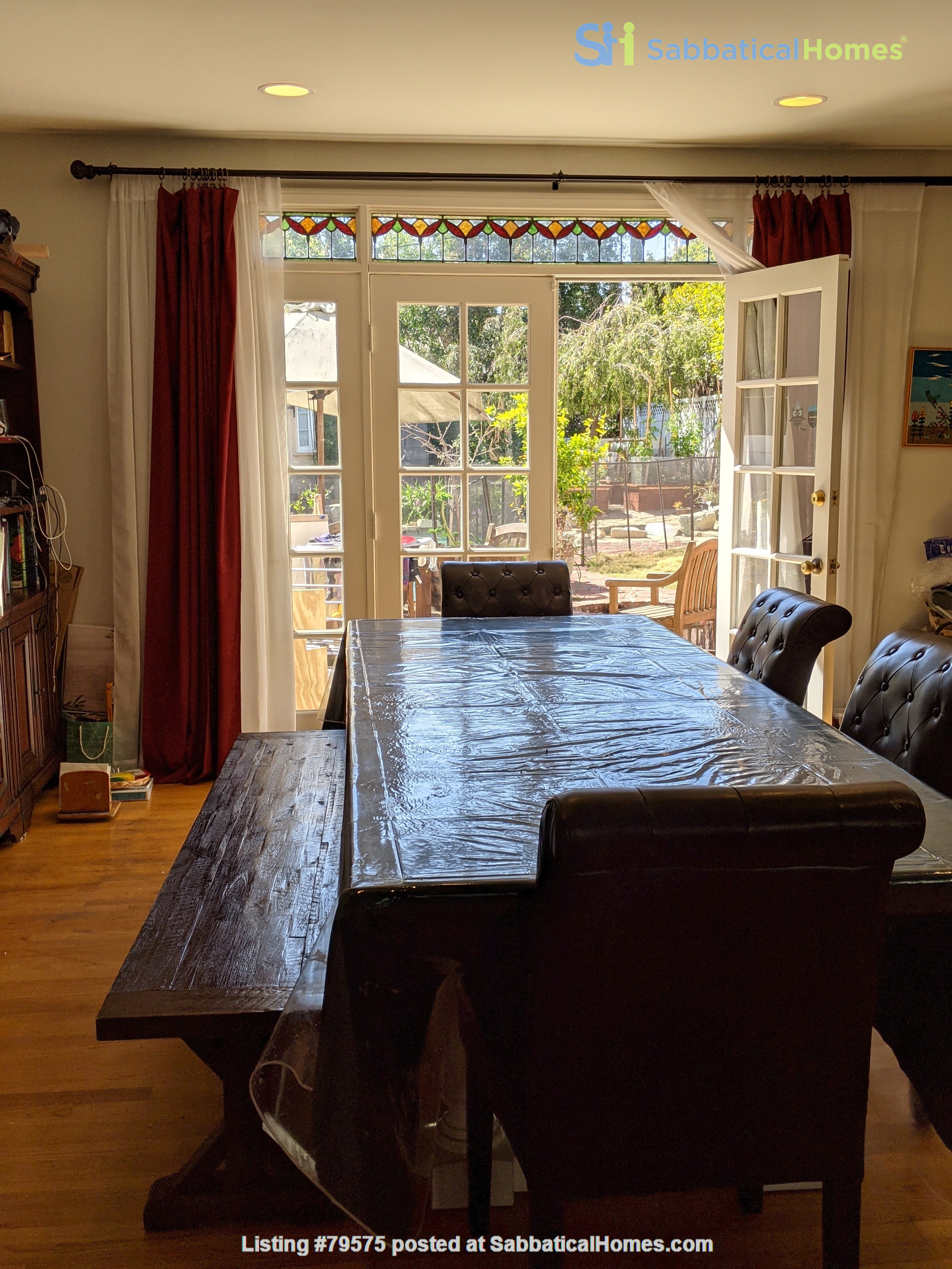 LA furnished home with pool, a/c, 3B3Ba.  Walk to UCLA, BH, Century City Home Rental in Los Angeles, California, United States 8