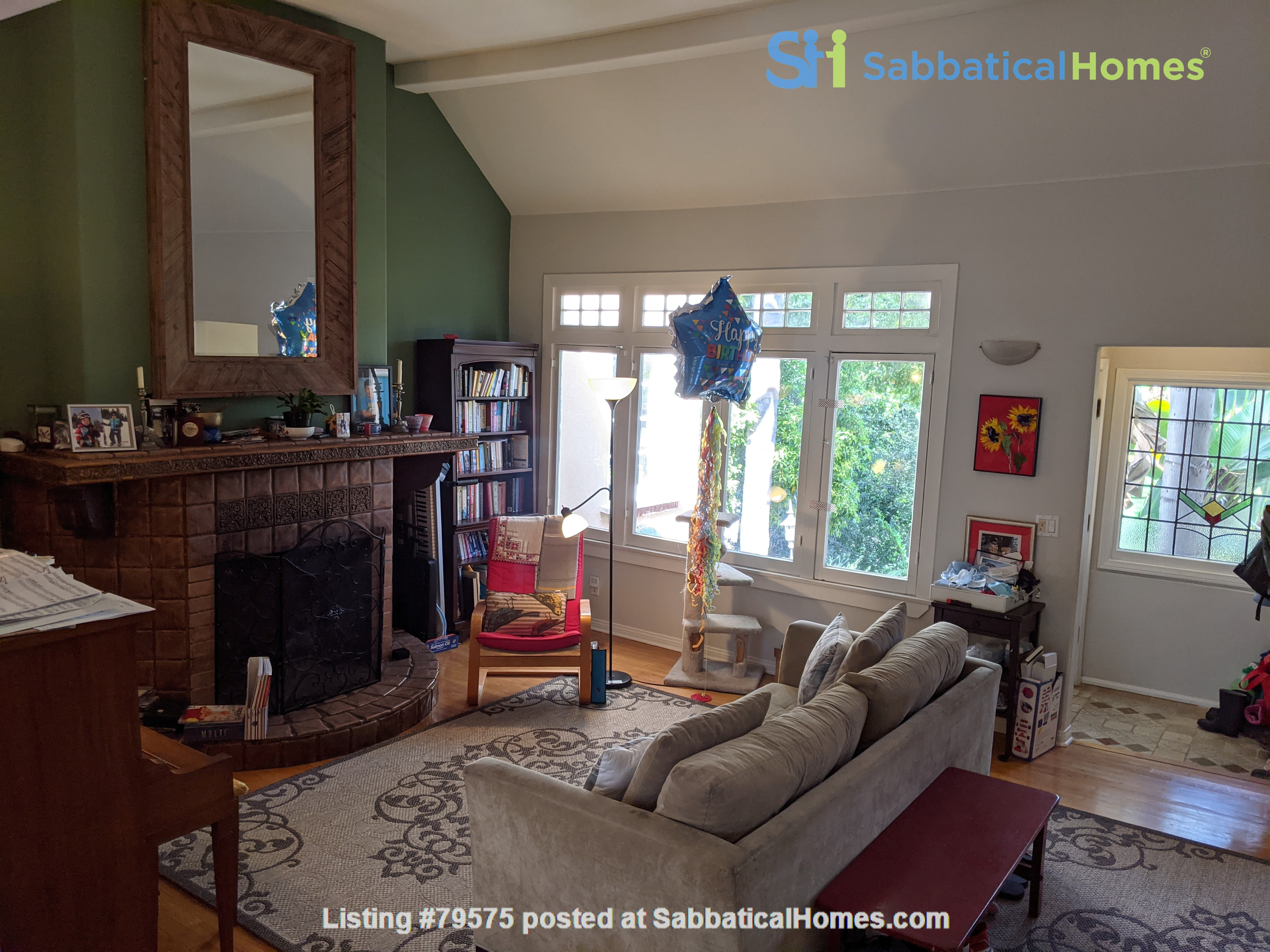 LA furnished home with pool, a/c, 3B3Ba.  Walk to UCLA, BH, Century City Home Rental in Los Angeles, California, United States 6
