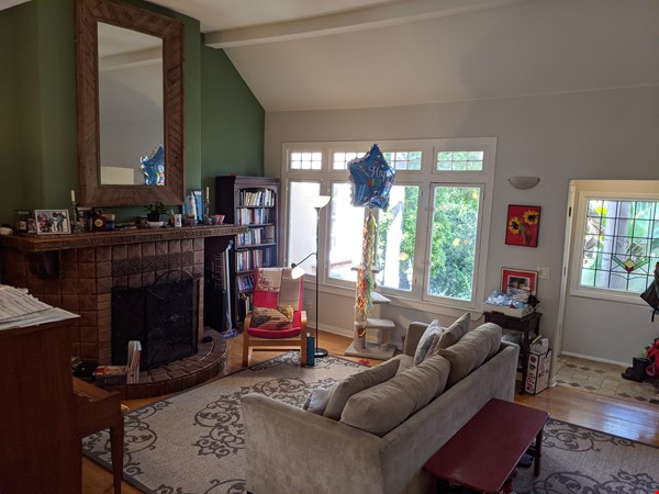 LA furnished home with pool, a/c, 3B3Ba.  Walk to UCLA, BH, Century City Home Rental in Los Angeles 6 - thumbnail