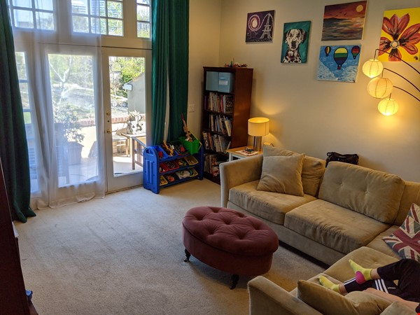 LA furnished home with pool, a/c, 3B3Ba.  Walk to UCLA, BH, Century City Home Rental in Los Angeles 5 - thumbnail