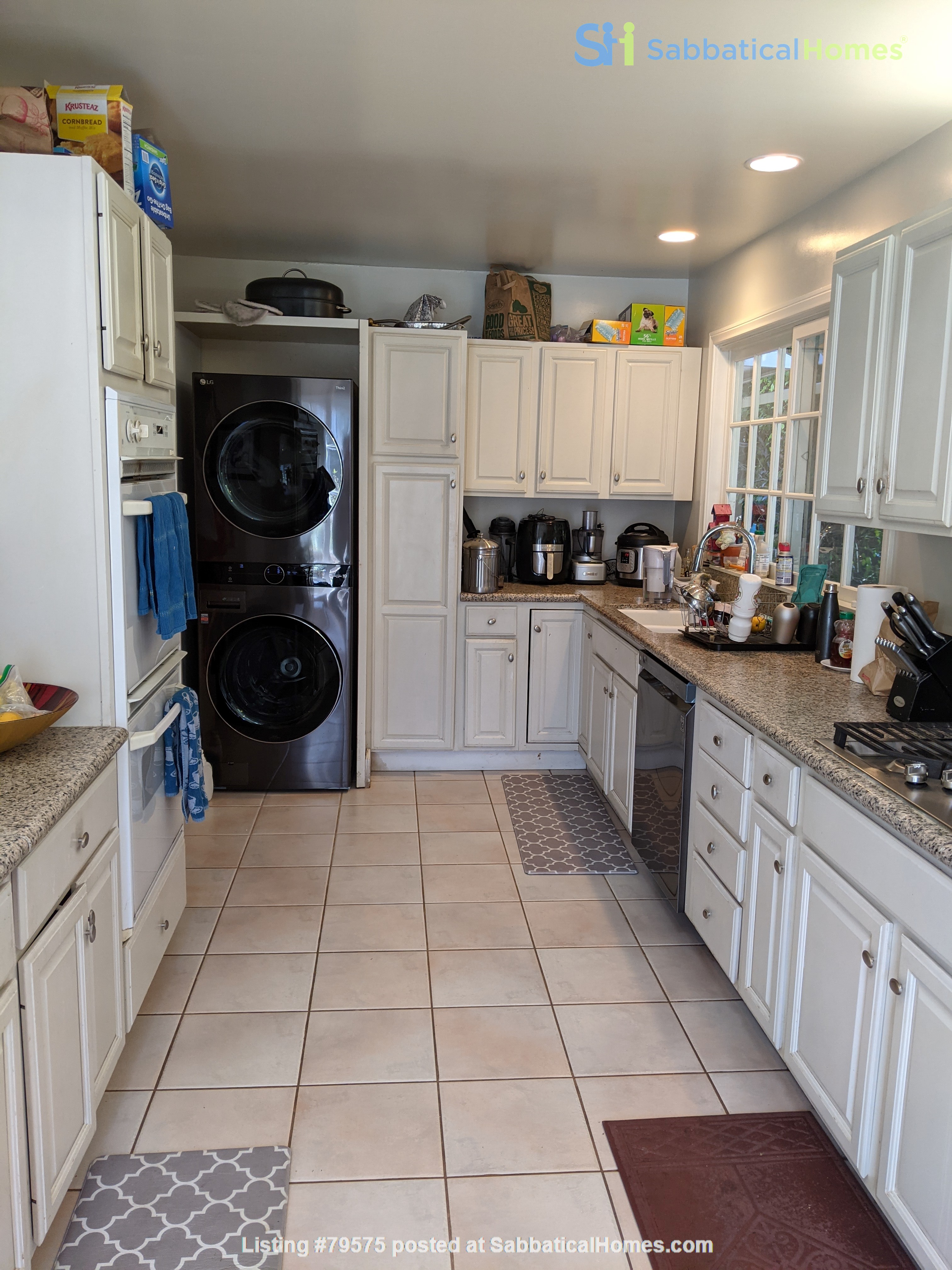 LA furnished home with pool, a/c, 3B3Ba.  Walk to UCLA, BH, Century City Home Rental in Los Angeles, California, United States 9