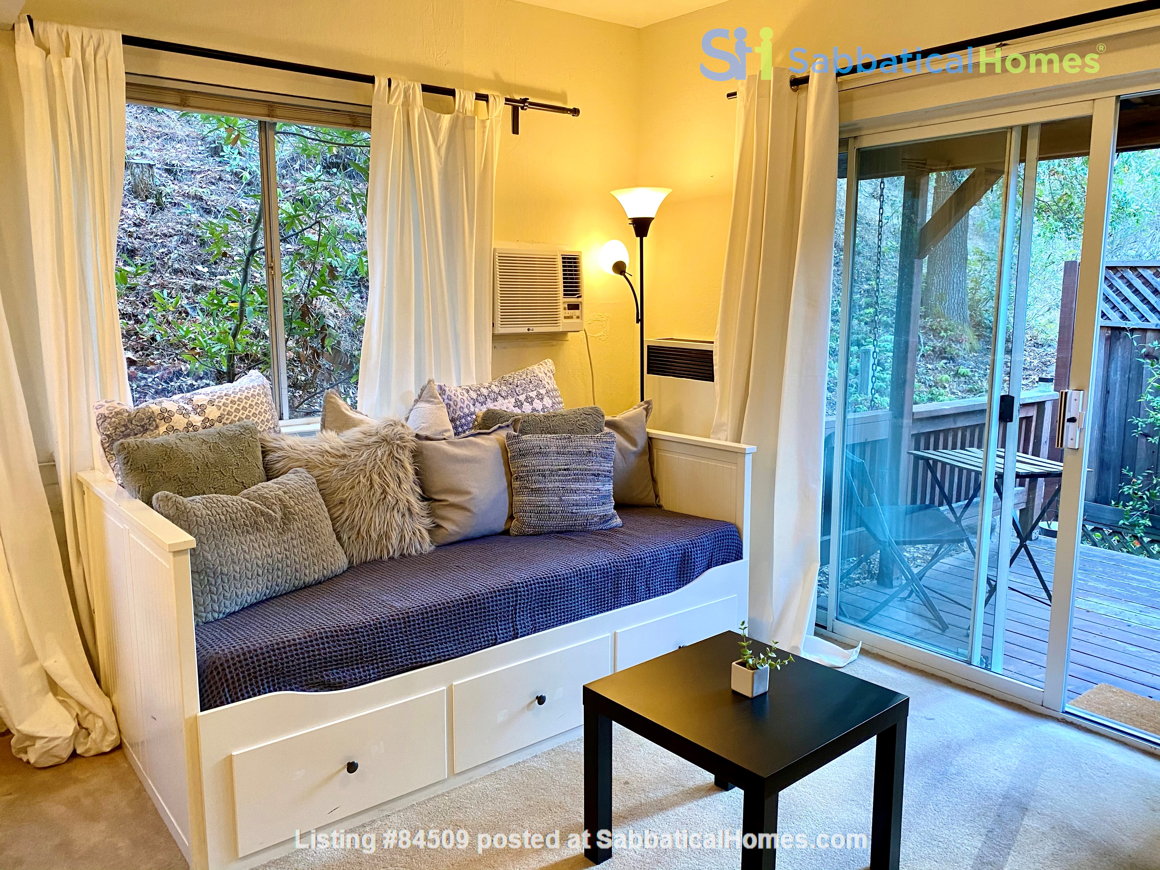 Charming, fully furnished 1BR apartment in Orinda Home Rental in Orinda, California, United States 1