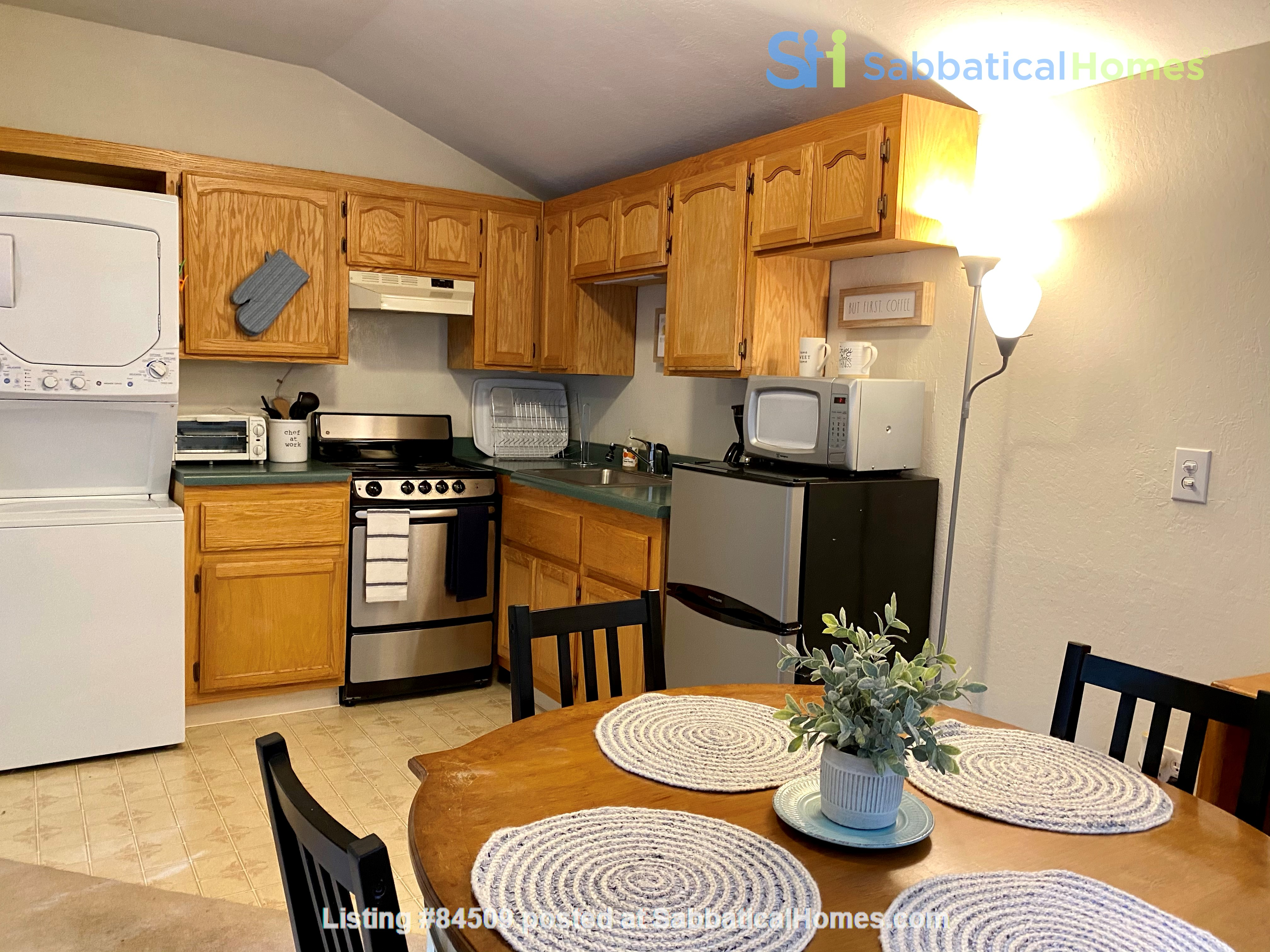 Charming, fully furnished 1BR apartment in Orinda Home Rental in Orinda, California, United States 3