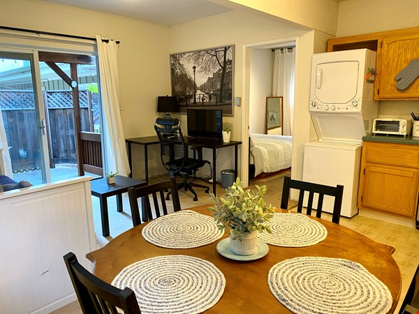 Charming, fully furnished 1BR apartment in Orinda Home Rental in Orinda 4 - thumbnail
