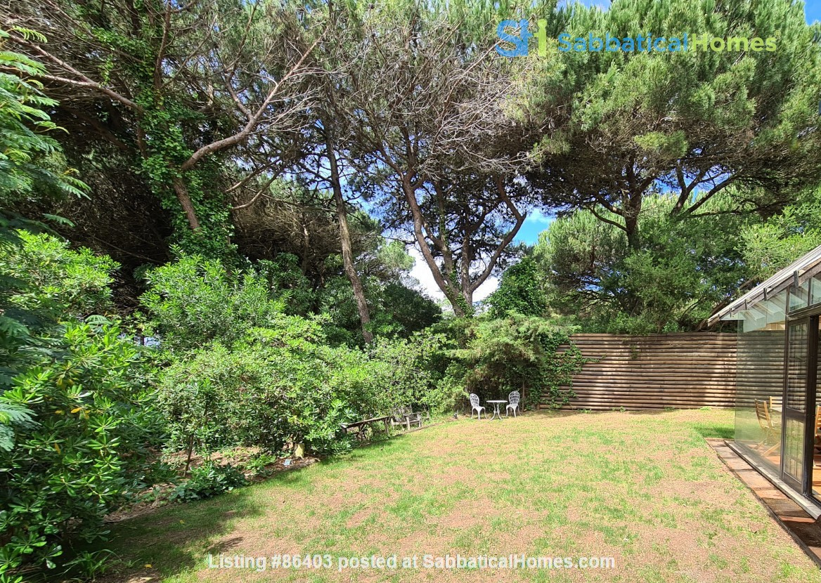 Charming Villa in selective Quinta da Marinha Home Rental in Cascais, Lisboa, Portugal 9