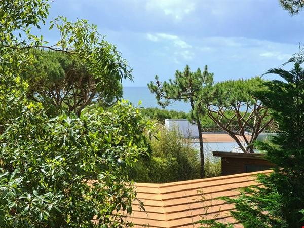 Charming Villa in selective Quinta da Marinha Home Rental in Cascais 1 - thumbnail