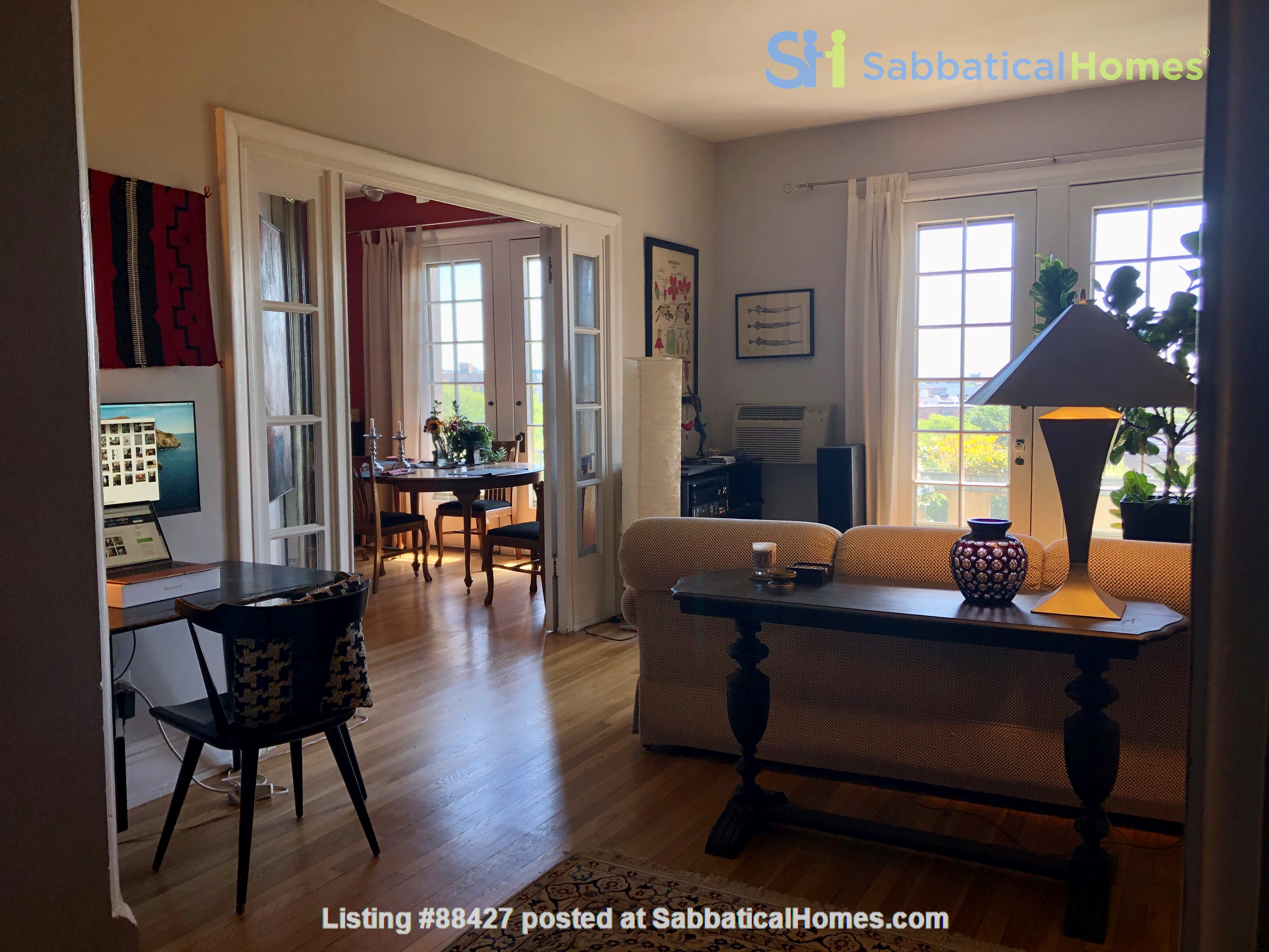 Elegant light-filled 2 bedroom condo NW D.C. Home Rental in Washington, District of Columbia, United States 2