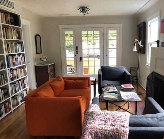 Elegant Cottage within walking distance to Oak Park Home Rental in Santa Barbara 8 - thumbnail