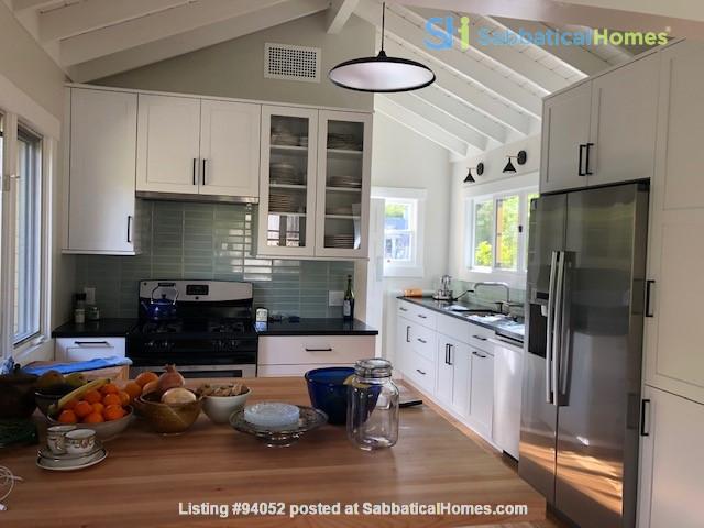 Elegant Cottage within walking distance to Oak Park Home Rental in Santa Barbara, California, United States 1