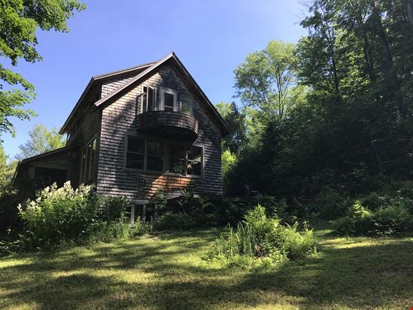 Beautiful, Cozy Vermont Home Home Rental in Starksboro 1 - thumbnail