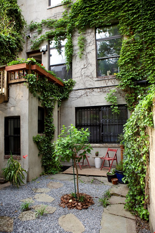Garden Apartment in Harlem, minutes from Columbia Home Rental in New York 7 - thumbnail