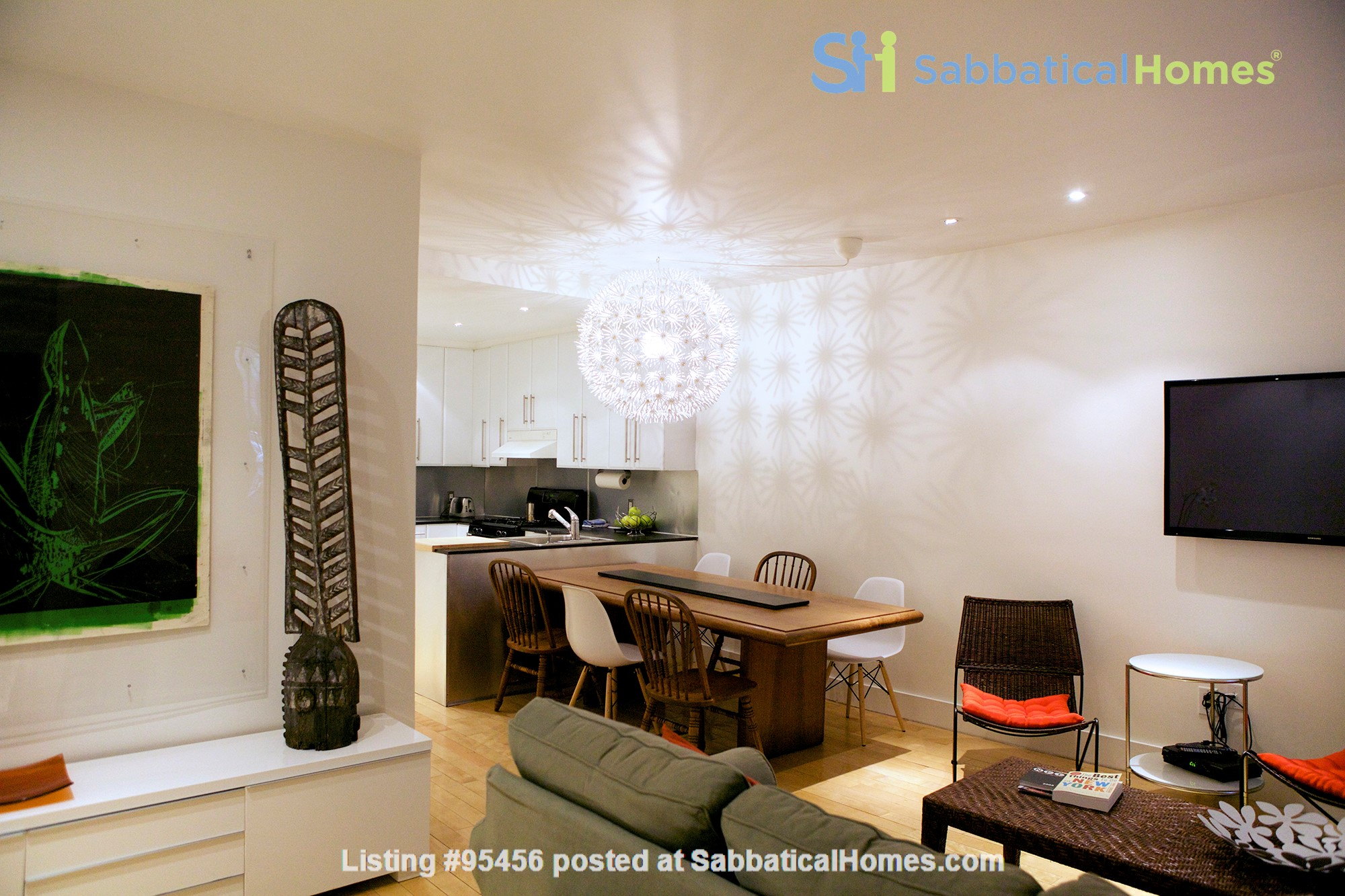 Garden Apartment in Harlem, minutes from Columbia Home Rental in New York, New York, United States 4