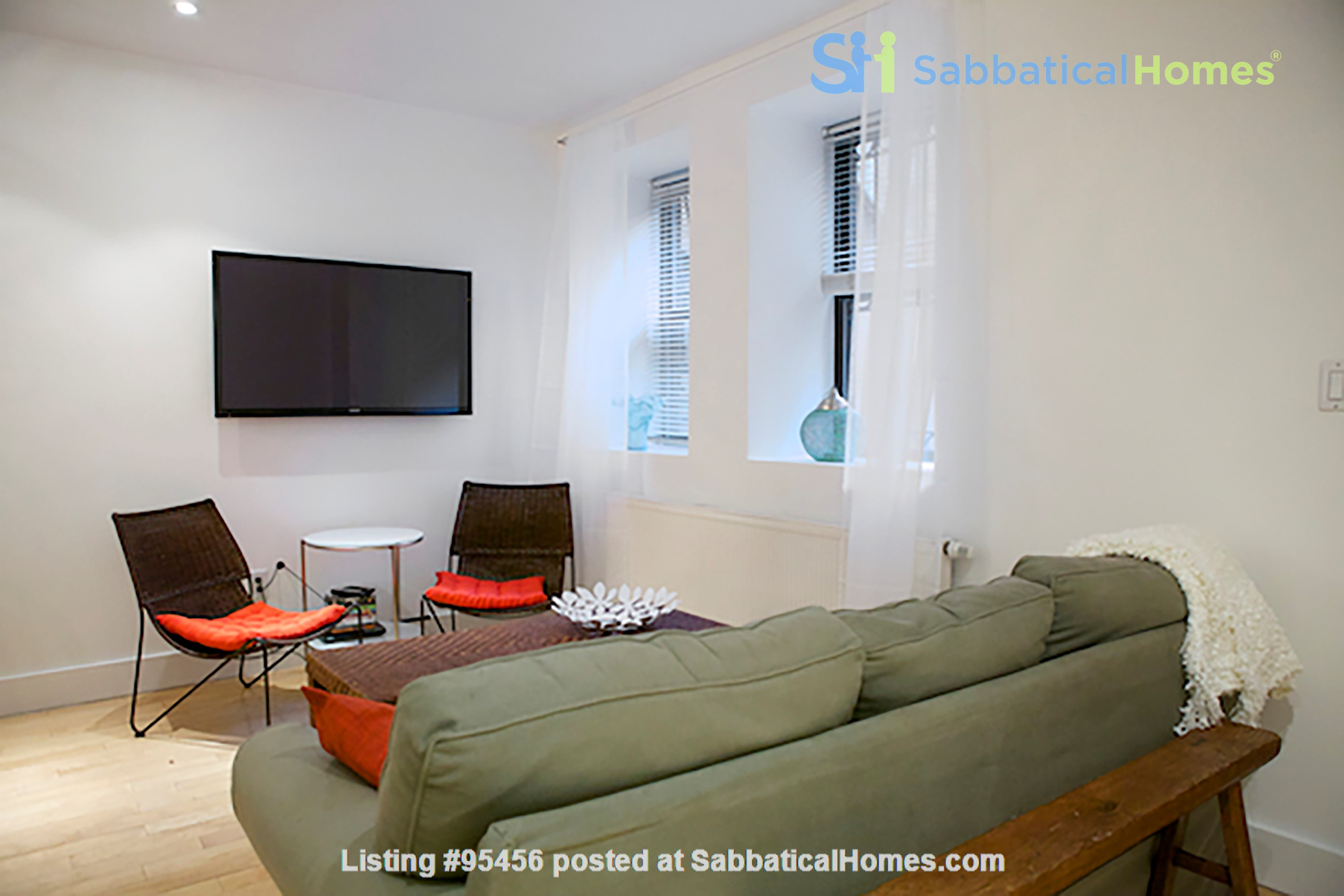 Garden Apartment in Harlem, minutes from Columbia Home Rental in New York, New York, United States 5