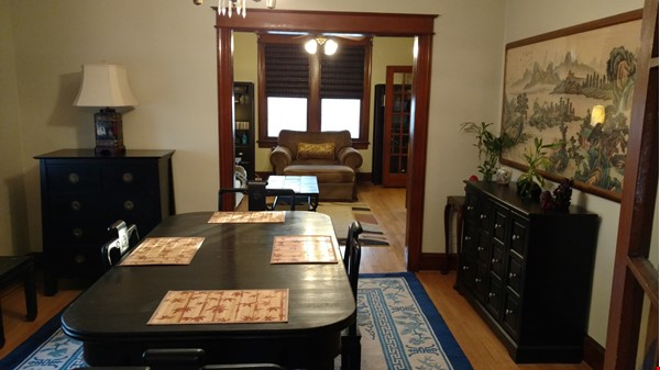 End Unit Rowhouse with large yard in Capitol South Home Rental in Washington 3 - thumbnail