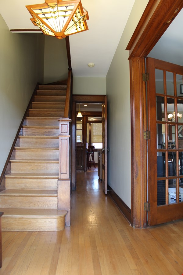 End Unit Rowhouse with large yard in Capitol South Home Rental in Washington 6 - thumbnail